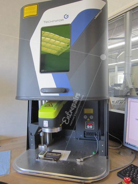 Machine de marquage laser fibré